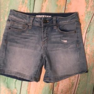 Joes Jeans girls distresses shorts. EUC!